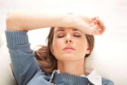 Hoa mắt chóng mặt do bệnh huyết áp thấp