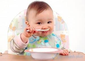 mẹo dân gian giúp trẻ ăn ngon miệng