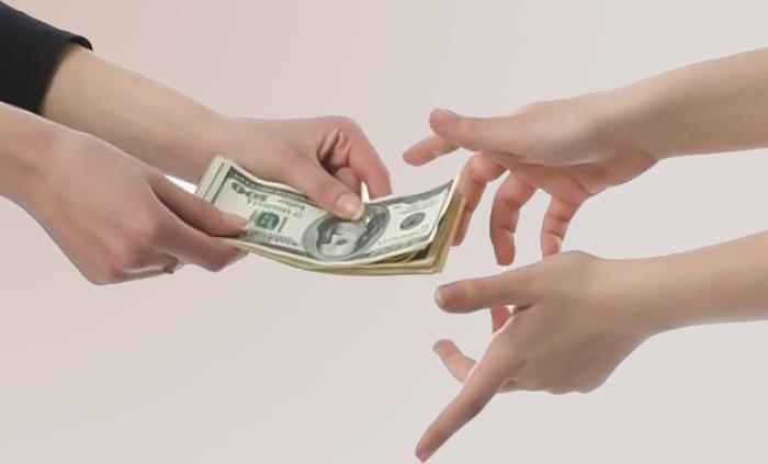 tiền bạc làm thay đổi con người