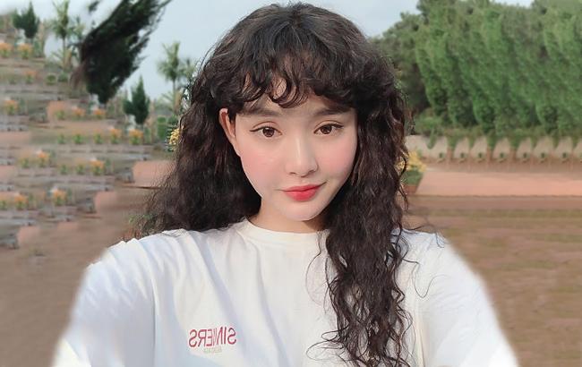 hiền hồ để tóc dài
