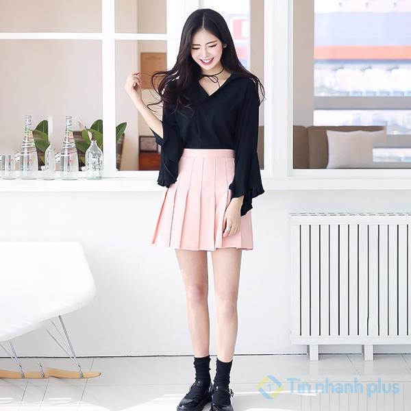 váy hồng áo đen