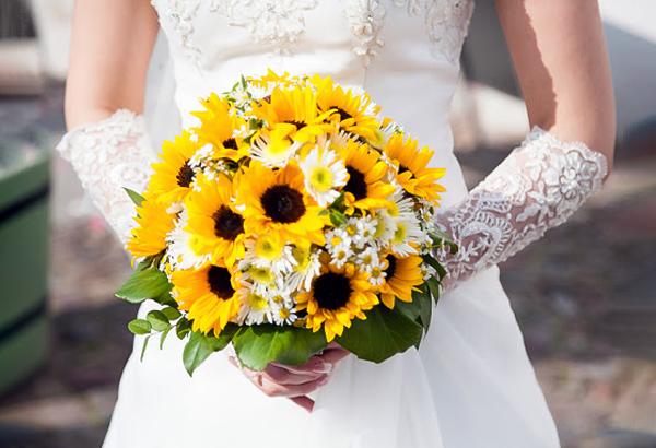 ý nghĩa của hoa hướng dương trong ngày cưới