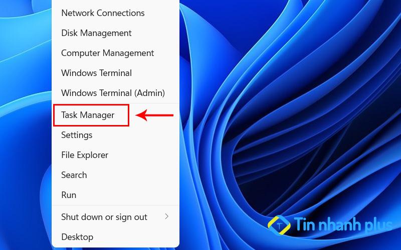 khởi động Window Explorer sửa lỗi your windows license will expire soon win 10